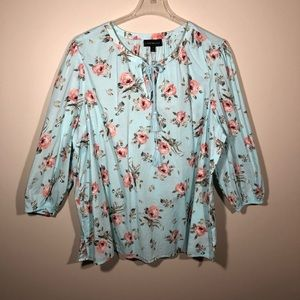 Lane Bryant Blouse with floral Background SZ 22